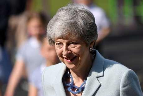 Premiê britânica, Theresa May, chega para votar na eleição para o Parlamento Europeu, em Sonning 23/05/2019 REUTERS/Toby Melville