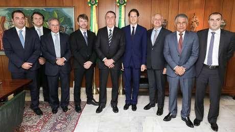 Bolsonaro recebe executivos da FCA em Brasília