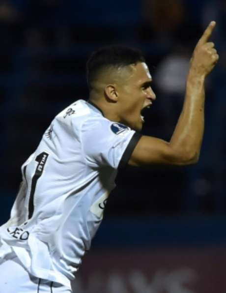 Sol de América 0 x 1 Botafogo: as imagens da partida
