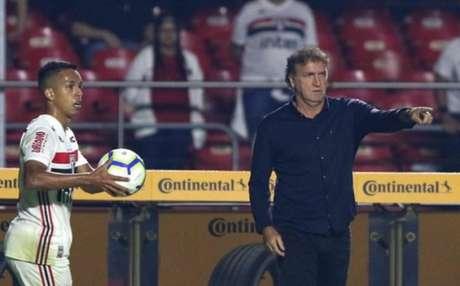 Pelo segundo jogo seguido, São Paulo de Cuca sai do Morumbi sem a vitória contra os baianos (Foto: Rubens Chiri / saopaulofc.net