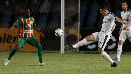 Moisés marcou o gol do Palmeiras sobre o Sampaio Corrêa