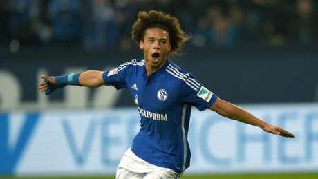 Sané com a camisa do Schalke 04 (Foto Patrik Stollarz/AFP)