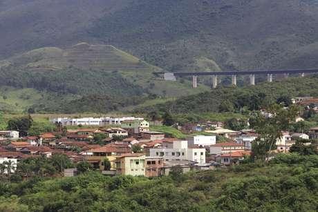 Imagem de arquivo do dia 23/03/2019 mostra na parte de cima a estrutura na Mina de Gongo Soco, em Barão de Cocais (MG)