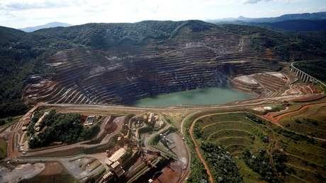Vista aérea de talude em Barão de Cocais; instalação da Vale teve declarado risco iminente de ruptura