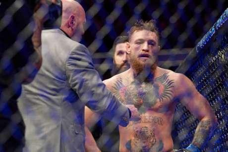 Segundo a equipe do lutador, a lesão não é grave, porém não não foi dado mais detalhes (Foto: Getty Images / UFC)