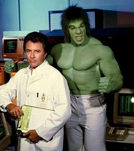 Bill Bixby e Lou Ferrigno: parceria de sucesso que durou cinco temporadas na TV