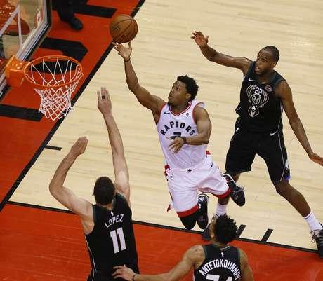Toronto Raptors vencem Milwaukee Bucks e vão à final da NBA