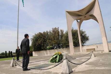 Hamilton Mourão no Monumento Votivo Militar de Pistoia
