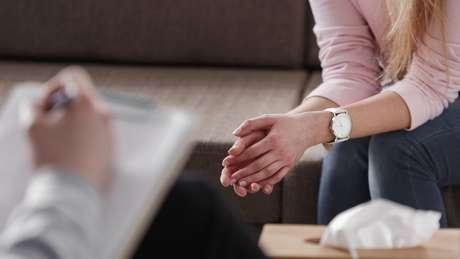 Os casos de pacientes que vivem com medo de infecções sexualmente transmissíveis costumam ser encaminhados a psiquiatras