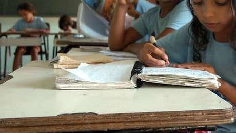 Alunas da Escola Meio Norte em foto de arquivo; Piauí tem um dos mais altos índices de analfabetismo no país