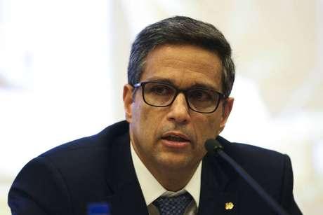 O presidente do Banco Central, Roberto Campos Neto, fala sobre medidas que serão tomadas em breve em relação ao cheque especial