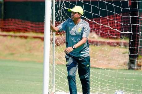 Marcelo Salles comandará o Flamengo nos próximos quatro jogos (Foto: Divulgação)
