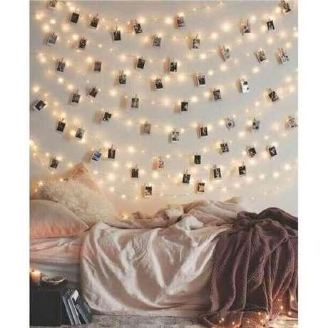11. Uma dicas de decoração de quarto para deixar esses ambiente mais intimista é utilizar um mural de fotos – Foto: Pinterest