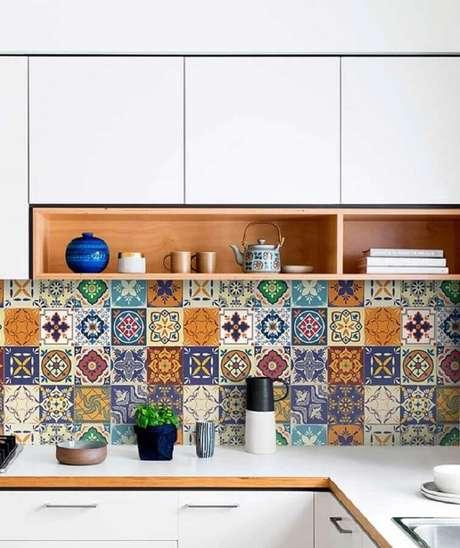 5. Uma das principais dicas de decoração para cozinha é investir em azulejos que valorizem esse ambiente – Foto: Pinterest