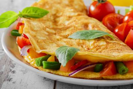 Confira receitas de omelete e dicas de como prepará-la
