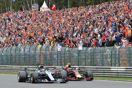 Lauda queria que a Red Bull tivesse motor Mercedes