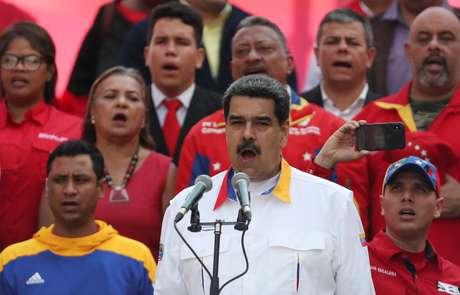 Resultado de imagem para EUA usam sanções para tentar virar ex-autoridades venezuelanas contra Maduro