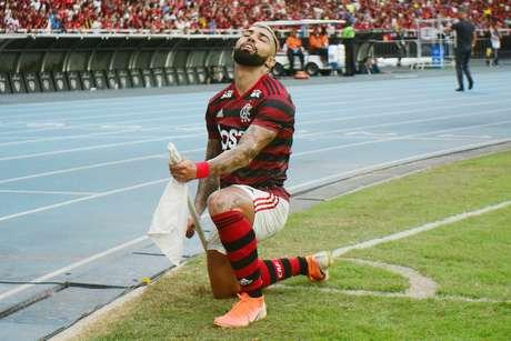 O jogador Gabriel (Gabigol) do Flamengo comemora segundo gol durante a partida entre Flamengo e Fortaleza