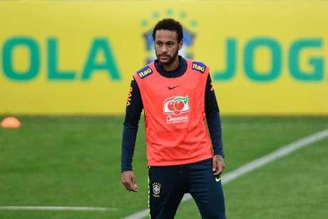 Neymar continua concentrado com a seleção normalmente (Foto: Pedro Martins / MoWA Press)