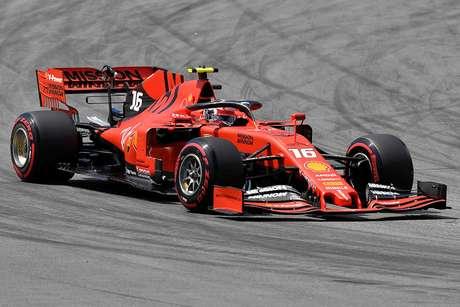 Ferrari está com dificuldades com pneus de 2019