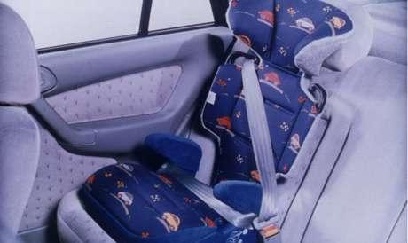 Resolução suspende exigência de cadeirinha em vans escolares