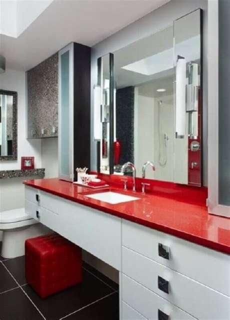 37. Tons de vermelho são ótimos para ambientes com um estilo muito sério – Foto: Air Freshener
