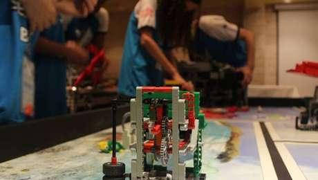 Alunosbrasileiros que participaram do torneio têm entre 9 e 16 anos e garantiram vagas para a disputa durante o Festival Sesi de Robótica