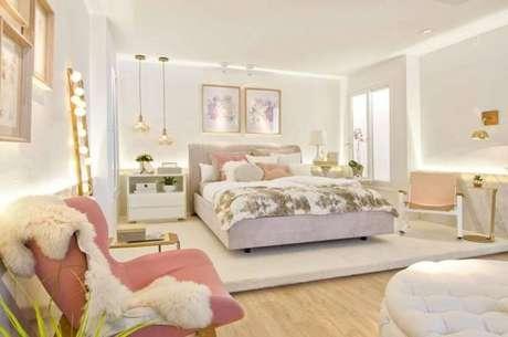 69. Decoração de quarto de luxo em tons de rosa para decoração ser ainda mais delicada e feminina – Foto: Casa Cor