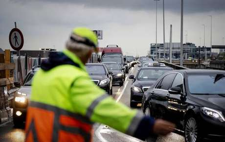Recife tem o 10º pior trânsito do mundo, diz pesquisa