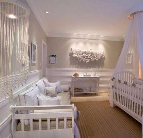 24. decoração branca para um quarto de bebê de luxo – Foto: Casa da Graz
