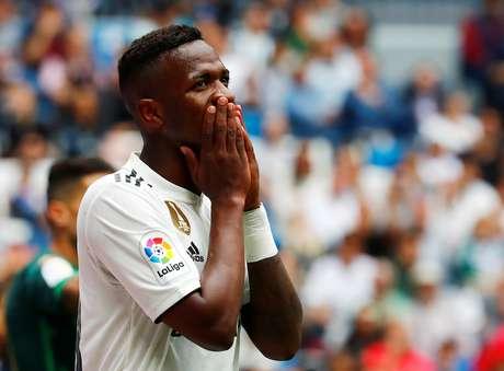 Vinícius Jr durante partida do Real Madrid contra o Betis pelo Campeonato Espanhol