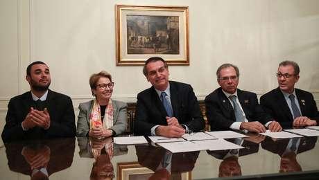 Presidente da República, Jair Bolsonaro durante Transmissão da Live para as Redes Sociais