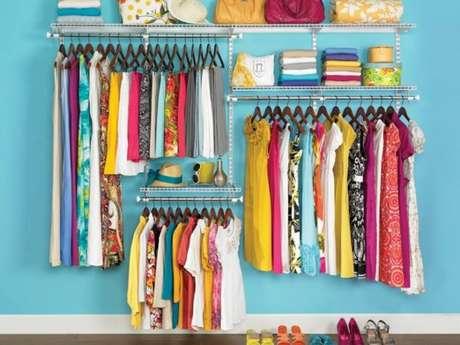 2. A organização do closet aramado deve ser de acordo com suas necessidades do dia a dia.
