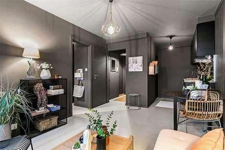 28. Paredes de casa na cor cinza chumbo com móveis claros. São cores que combinam com cinza! – Foto: Homify