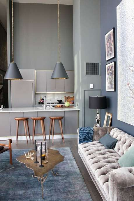 72. Nuance perfeito entre a cor cinza e azul. Um significado da cor cinza lindo! – Foto: Loving It