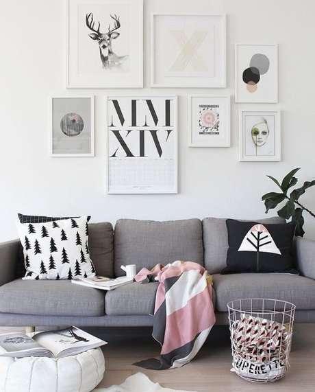 26. A cor cinza fica ainda mais bonita com o branco, preto e rosa. Aposte nas cores! – Foto: Pinterest