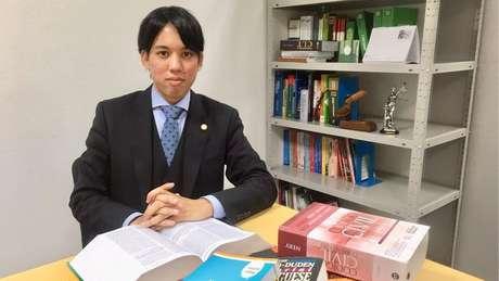 Renan Eiji é o primeiro brasileiro a obter uma licença para advogar no Japão