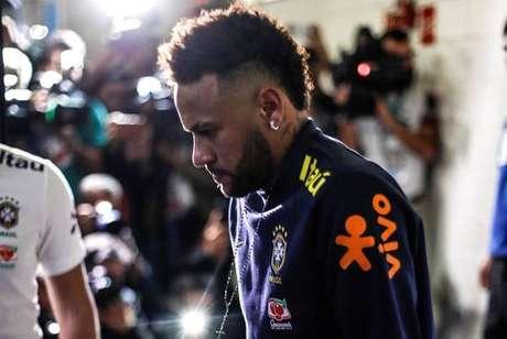 Neymar alega inocência e ainda prestará depoimento