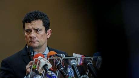 Diálogos divulgados por site indicam que Moro teria sugerido ao procurador Deltan Dallagnol inverter a ordem de fases da Lava Jato