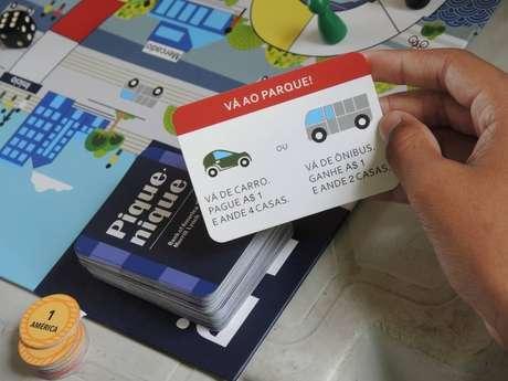A expectativa é que, até o fim do ano, o ensino, que se dá com jogos de tabuleiro, chegue a 1 milhão de estudantes da rede pública brasileira