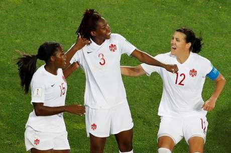 Kadeisha Buchanan comemora gol do Canadá