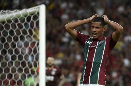 Marcos Paulo, do Fluminense, durante partida contra o Flamengo, válida pela oitava rodada do Campeonato Brasileiro 2019, realizado no Estádio Jornalista Mário Filho (Maracanã), na zona norte do Rio de Janeiro, neste domingo (09).