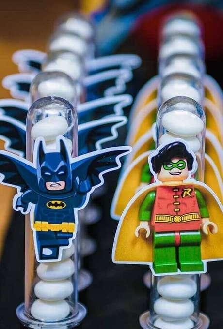 42. Ideias personalizadas para decoração de festa do Batman – Foto: Pinterest