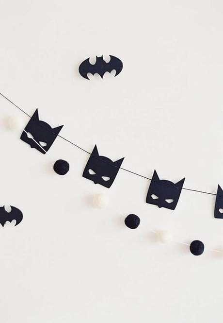 6. Morceguinhos de papel são ótimos para a decoração de festa do Batman simples – Foto: Pinterest