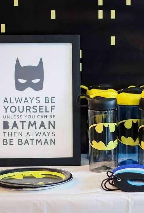 60. Invista em lembrancinhas personalizadas para a festa infantil do Batman – Foto: Pinterest