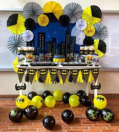 62. Ideias para decoração para festa do Batman simples – Foto: Ailoff