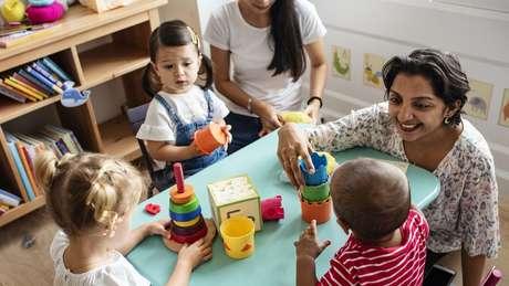 Educador diz que as crianças precisam ter experiências na vida real