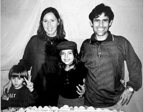 Miriam e João Alcisio Miguel, pais de Rafael Henrique Miguel, e a irmã Camilla.
