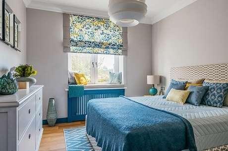 51. Combine elementos em tons de azul e amarelo para o ambiente de quarto. Fonte: Pinterest