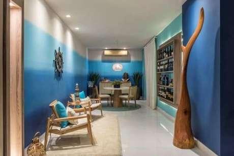 23. Paredes em tons de azul em degradê. Projeto de Casa Cor Rio Grande do Norte